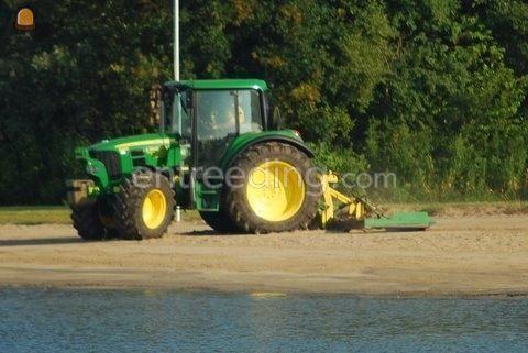 Tractor + kilver John Deere + strand-/baggersleep