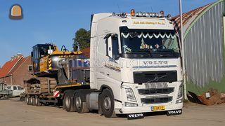 Volvo 6x2 met dieplader Omgeving Culemborg