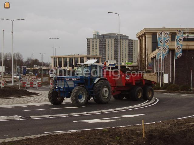 Tractor + kipper Ford TW25