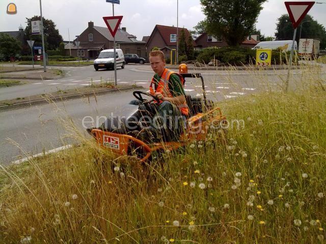 Tractor + schotelmaaier Ruwterreinmaaier