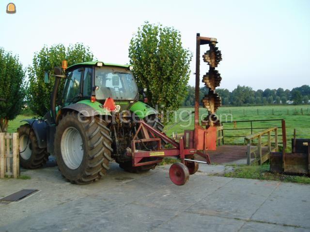 Tractor + wallenfrees Bos Wallenfrees