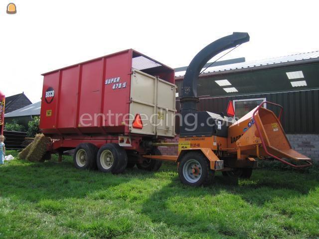 Tractor + houtversnipperaar van Daele 27-40