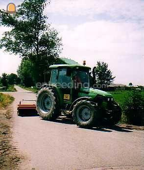 Tractor + veegmachine Bema