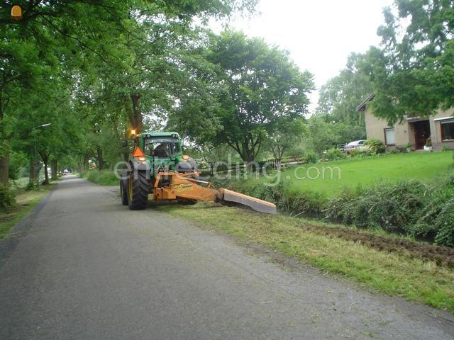 Tractor + klepelmaaier John Deere 6420 met Votex 190