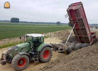 Tractor Fendt met Record ... Omgeving Gent