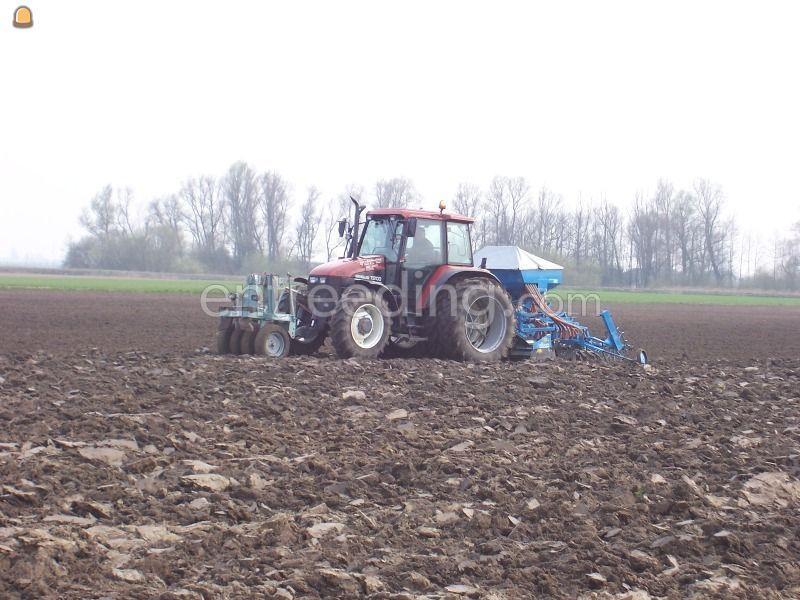 New Holland TS100 + Huma zaaimachine
