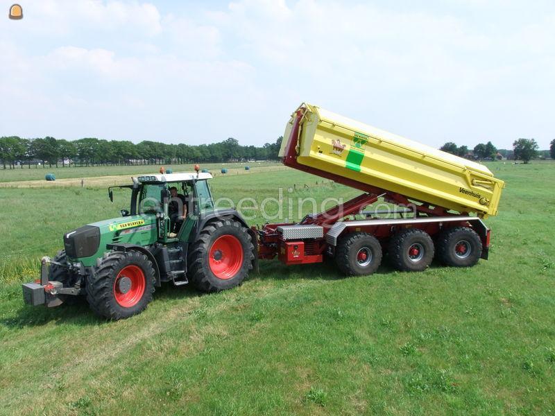 Tractor + carrier trekker met  3 assige carrier