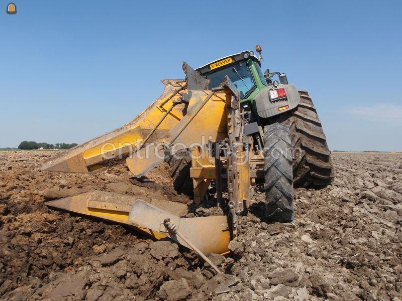 Tractor + diepploeg diversen