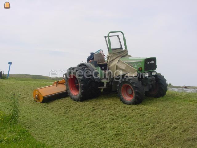 Tractor + klepelmaaier Fendt 260 v