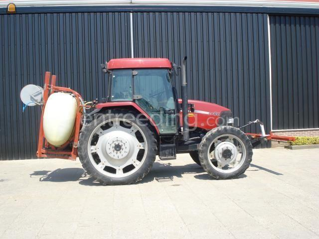 Tractor + select spray trekker + kleine spuit