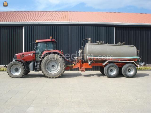 Tractor + waterwagen Case + vacuumtank
