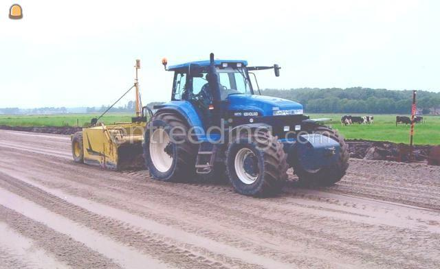 Tractor + kipper New Holland 8870 + Beco