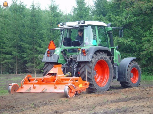 Tractor Tractor met Howard frees HR 35