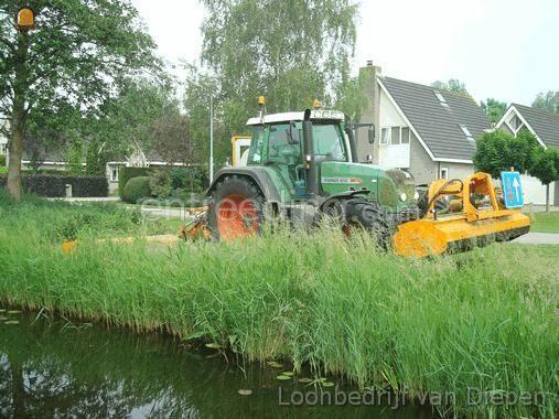 Tractor + klepelmaaier Fendt 818+klepelmaaier(s)