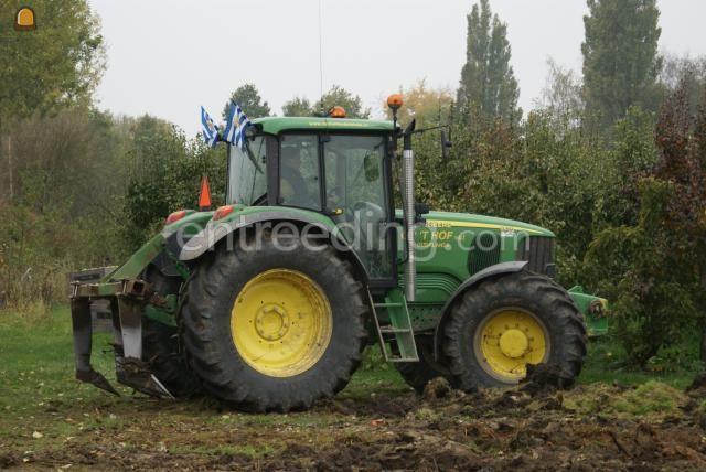 Tractor + ondergronder John Deere 6620 + woelpoot