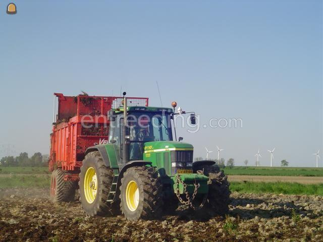 Tractor + breedstrooier John Deere 7710 + vervaet mestverspreider