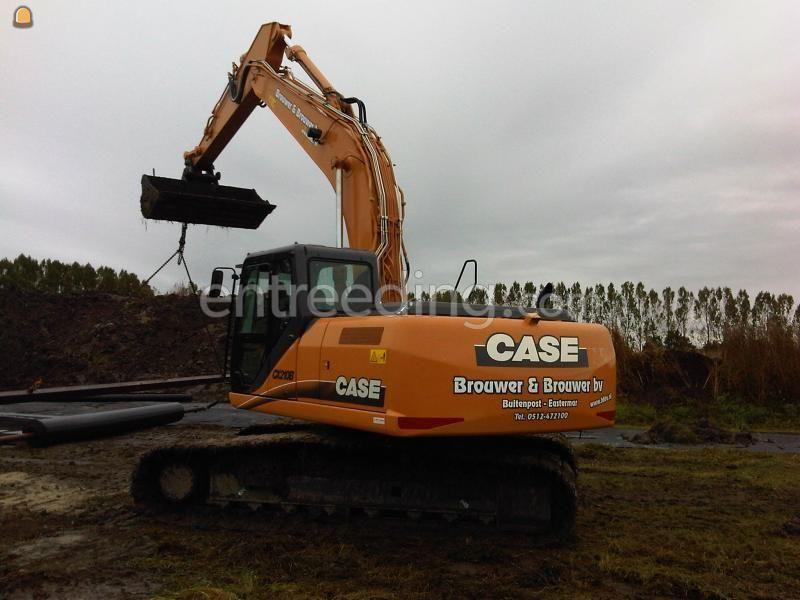 Rupsgraafmachine Case CX210B
