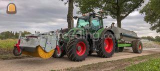 Tractor + veegmachine Omgeving Beilen