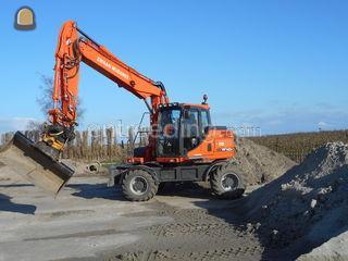 Doosan DX 140 W Omgeving Hoorn