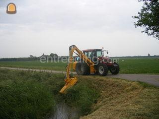 Valtra N121 met Hemos Omgeving Hoorn