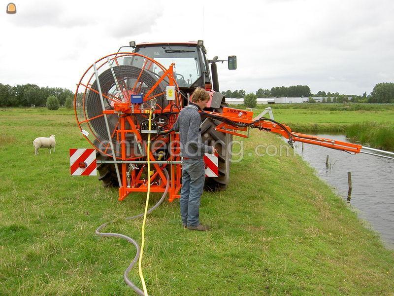 Tractor + drainage/ rioleringsreiniger Lindner Geotrac 50