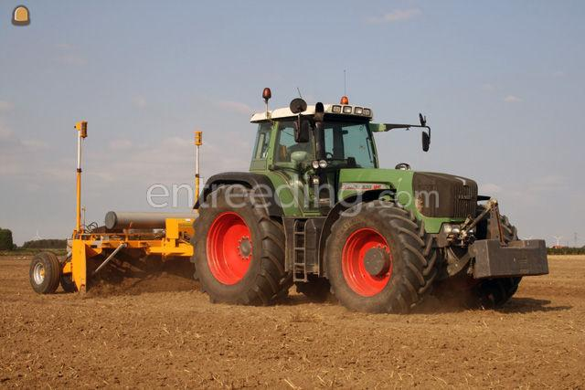 Tractor + kilver New Holland + Bos