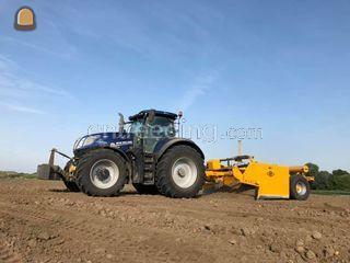 New Holland  + Bos Dozerb... Omgeving Voorne-Putten