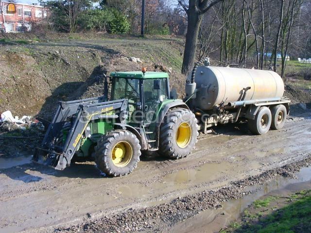 Tractor + waterwagen John deere + Peecon
