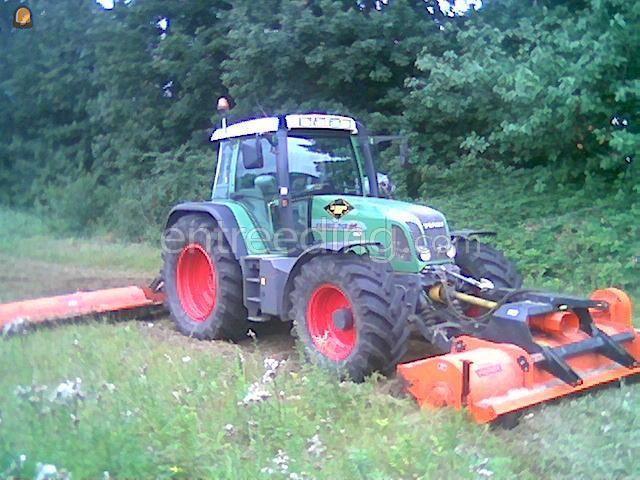Tractor + klepelmaaier tractor + 2x klepelmaaier