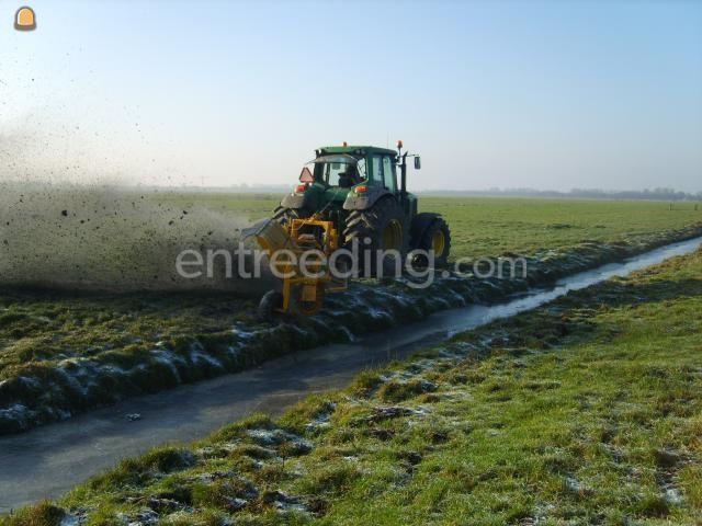 Tractor + wallenfrees JD met wallenfrees
