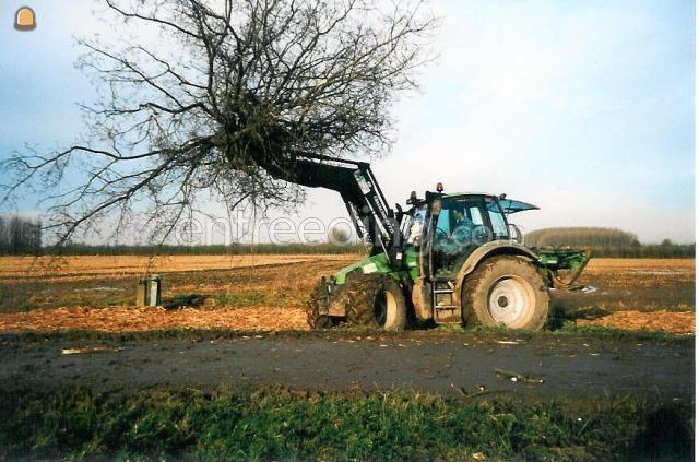 Tractor Deutz Agrotron 106 + voorlader / bomenklem
