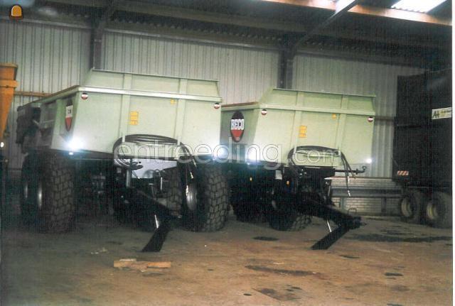 Tractor + kipper Deutz Agrotron 165 + Beco gigant  180