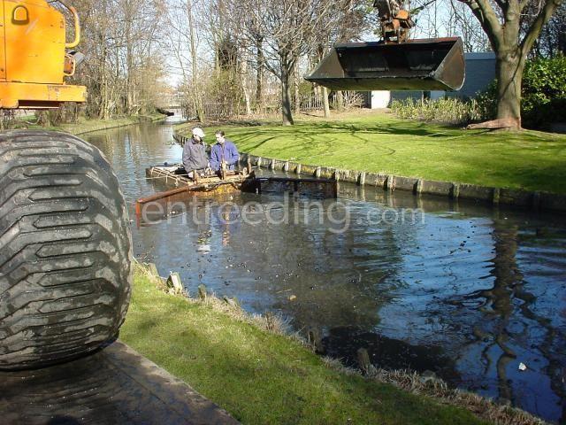 Baggerduwboot EML