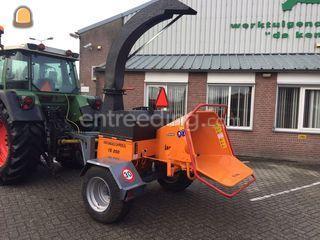 Tractor + houtversnippera... Omgeving Kempen