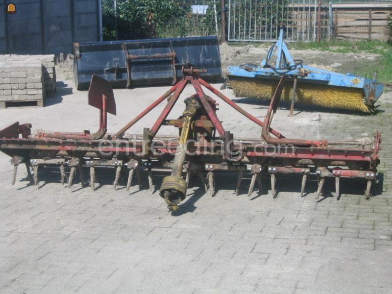 Tractor + rotorkopeg lely rotorkopeg