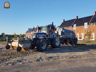 New Holland+ waterwagen 1... Omgeving Hoekse Waard