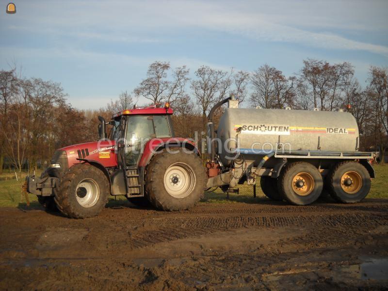 Tractor + waterwagen Case + Schouten