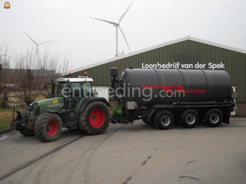 Tractor + waterwagen Fendt + Jako