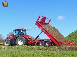 Case tractor met containe... Omgeving Zaanstreek