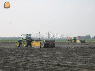2 x Tractor + Bos 9m3 dos... Omgeving Middenmeer