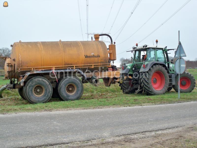 Tractor + waterwagen waterwagen veenhuis 12m3
