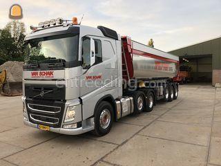 Volvo met Kieptrailer 28m... Omgeving Kamerik