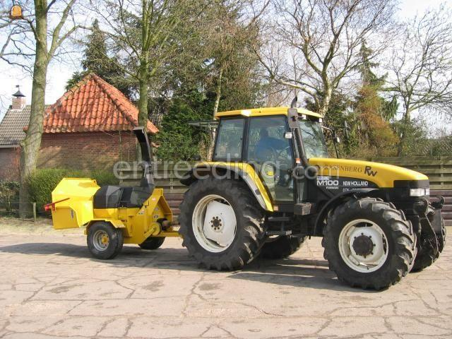 Tractor + houtversnipperaar TS-532-Z
