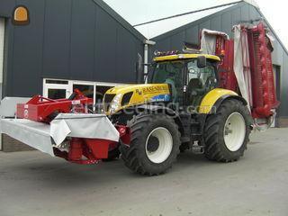 New holland T 7040 met Le... Omgeving Breda