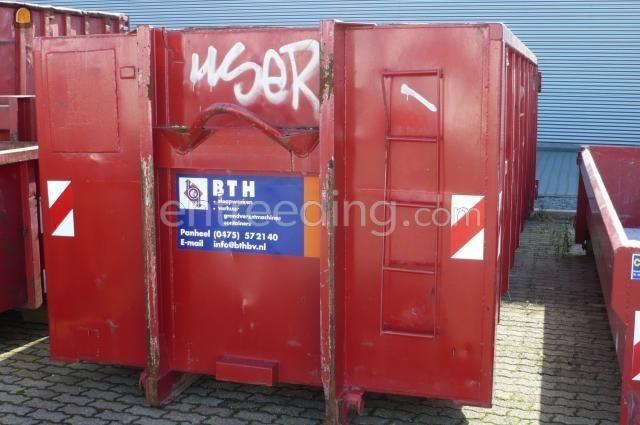 Open containers 25 M3 container