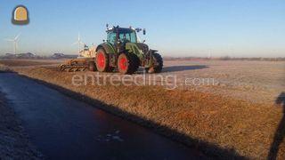 Tractor + wallenfrees Omgeving Sliedrecht