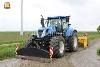 New Holland T7 220 + AP K... Omgeving Goes