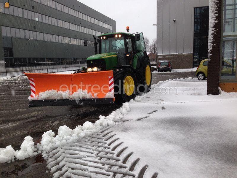 John Deere + Sneeuwschuif