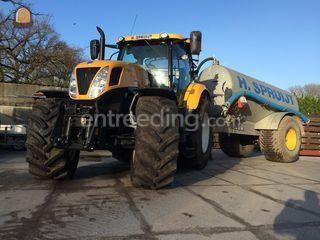 Traktor met Waterwagen Omgeving Weesp