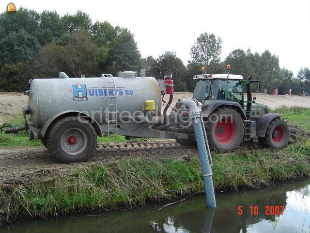 Tractor + waterwagen Jako waterwagen met zuigarm